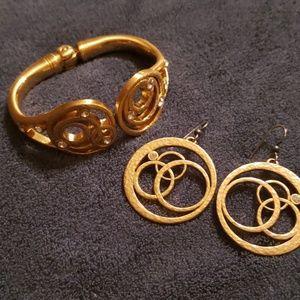 Jewelry - Brighton earrings & bracelet